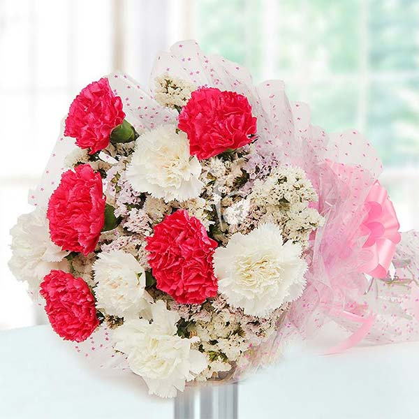 Gift Carnations in spring that express love and fascination