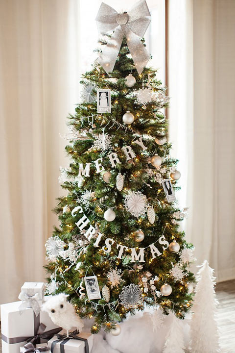 11 Beautiful Christmas Tree Decoration Ideas That Are Home Friendly