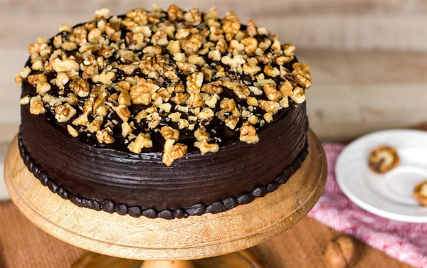 Choco Walnut Cake for Birthday Celebration