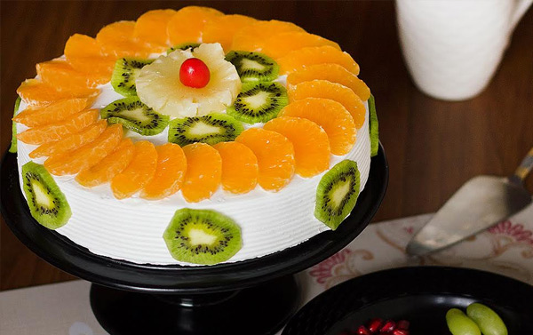 Delicious Mouthwatering Cake for Birthday Celebration