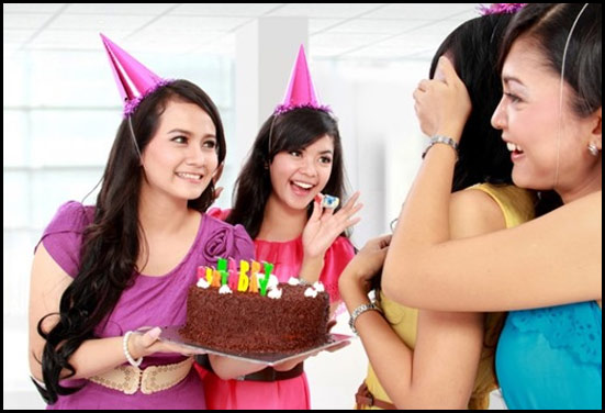 Plan A Birthday Surprise In A Budget