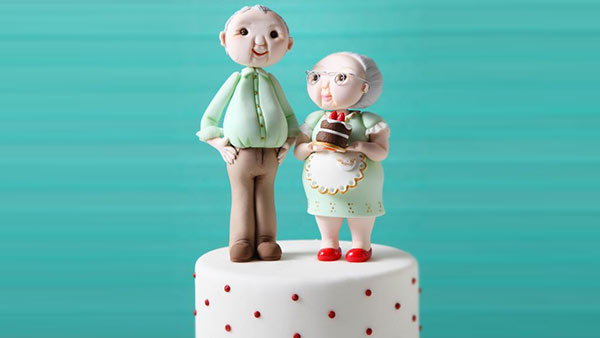 Show Your Love on Grand Parent's Day With a Cake