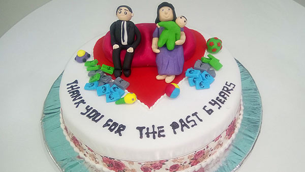 Celebrate Parent's Day with a Cake