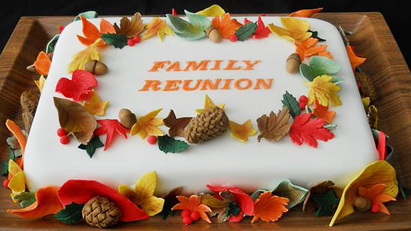 Celebrate Family Get-Together with a Cake