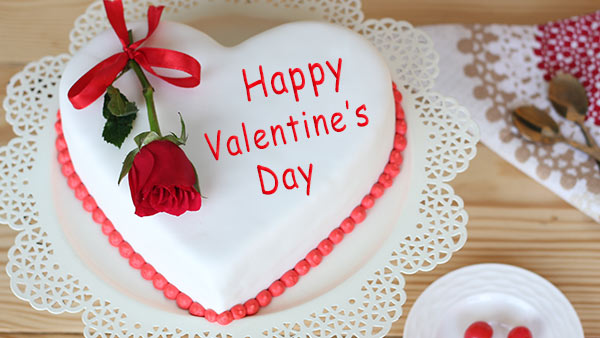 Express Your Love to Your Partner with a Beautiful Cake on Valentine's Day