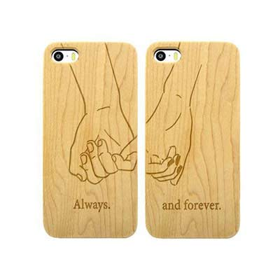 Couple Phone cases as LDR Valentine Gift that will show the loving bond of your relationship