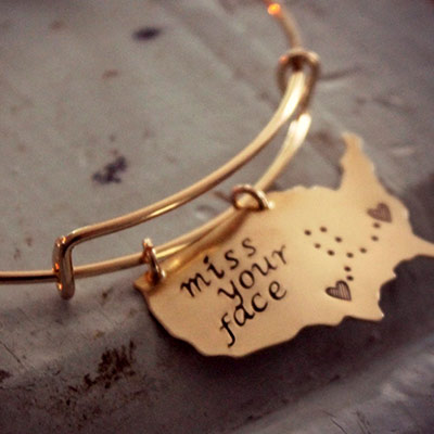 State Bracelets as LDR Valentine Gift that will remind the couple of the endless love for each other
