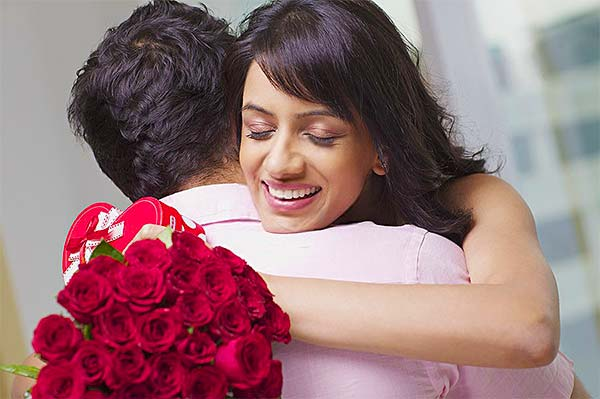 7 Stages of Love and Romance with Roses