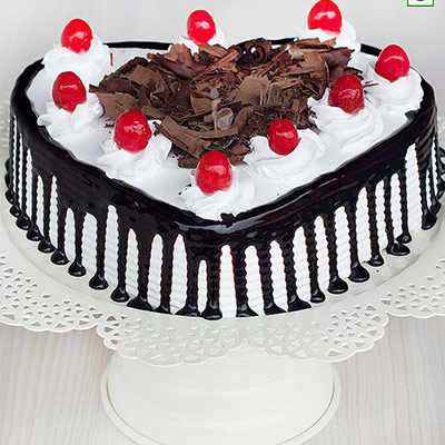 Give Heart Shaped Black Forest Cake as Mother's Day gift