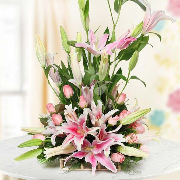 Laudable Lilies Flower Scent - Their grace and elegance is certain to lift spirits
