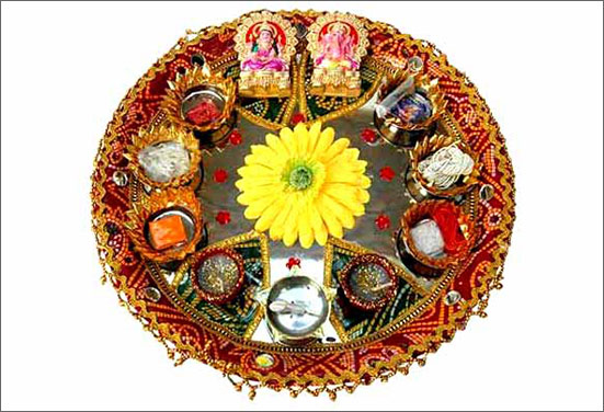 Silver Rakhi thali decoration