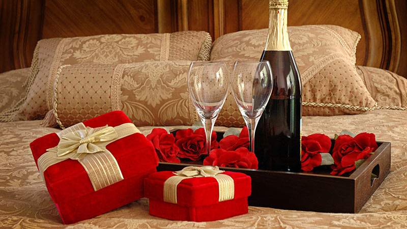 9 most romantic valentine's day gifts for your girlfriend, Ideas